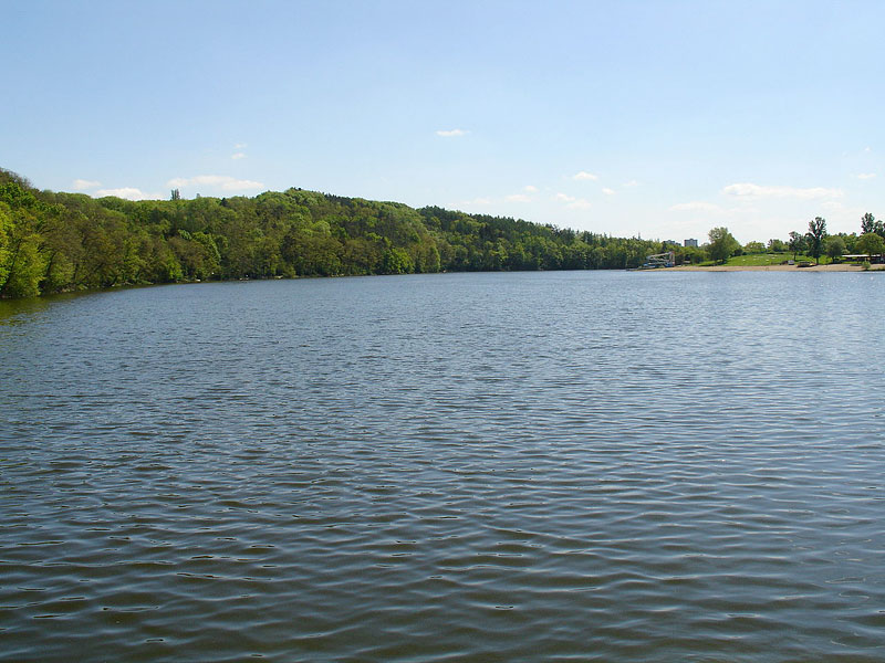 Hostivař dam<br > (author: Wikimoole)